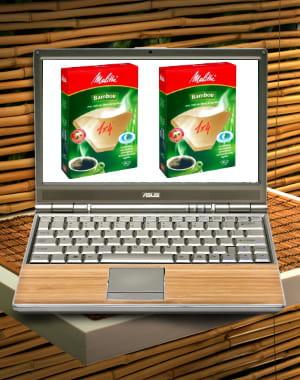 ordinateur et filtres à café en bambou