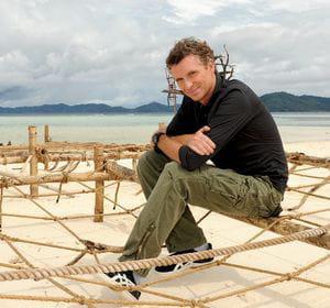 denis brogniart est le présentateur vedette de koh lanta depuis 2002.
