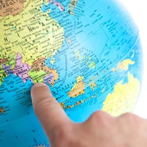 découvrez les meilleures destinations pour travailler à l'étranger.