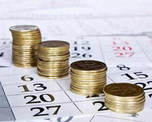 les retraités perçoivent leur pension de régime complémentaire chaque mois.