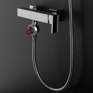 skinjay la capsule qui transforme une douche en spa 10 id es de business dans l 39 industrie jdn. Black Bedroom Furniture Sets. Home Design Ideas