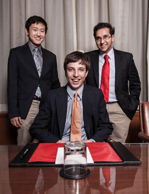 joshua singer, au centre, est le ceo de apps for aptitude.