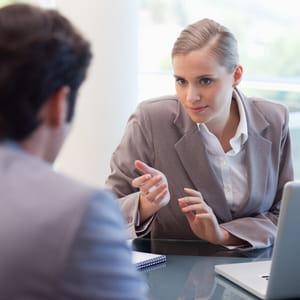 un entretien à la fin du congé permet de simplifier le retour.