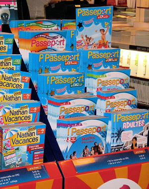 les cahiers de vacances seront en vente dans les librairies, grandes surfaces et