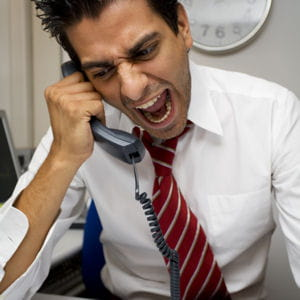 les accès de colère et les crises de larmes au travail sont un indice fort.