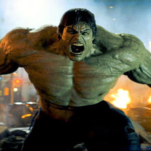 le héros surpuissant dans le film l'incroyable hulk.