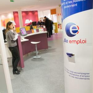 le taux de chômage en france s'éleve à 9,5%.