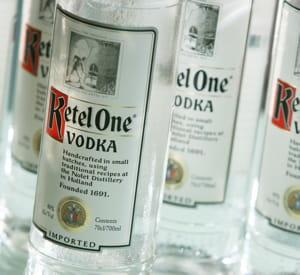 la vodka ketel one, qui appartient depuis peu à 50% à diageo.