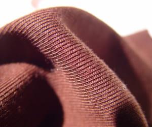 cette fibre est fabriquées à partir de résidus de paille ou de tiges.