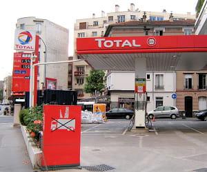 le prix du gazole dans les stations total a baissé de 3,23% en 2009.