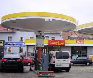 le prix du gazole dans les stations agip a baissé de 4,16% en 2009.