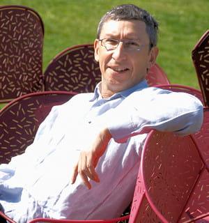 bernard reybier, pdg de fermob qui fabrique du mobilier de jardin.