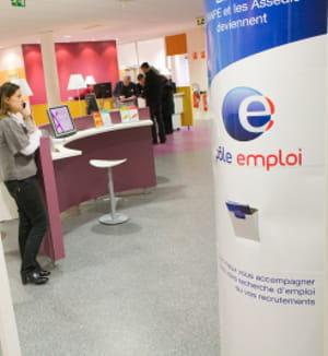 la france compte 2,5milllions de chômeurs indemnisés fin mars 2010.