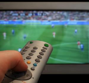 la chaîne de télévision c foot sera lancée en juillet.