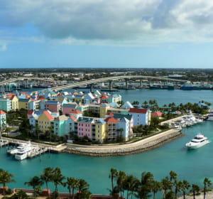 la france a exporté pour 890,88millions d'euros aux bahamas en2010.
