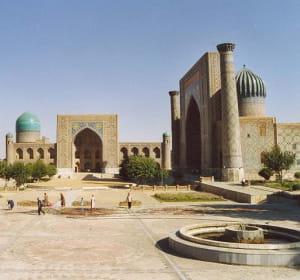 la france a exporté pour 116,37millions d'euros en ouzbekistan en 2010.