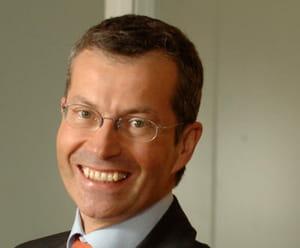 françois enaud est p-dg et administrateur de steria.