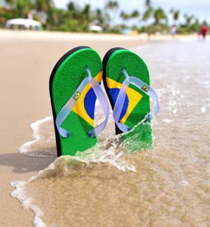 le n°1 mondial de la tong est brésilien, il s'agit d'havaianas.