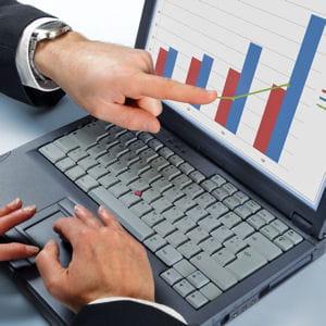 analysez les dernières performances de votre entreprise potentielle.