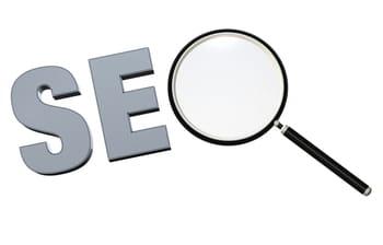des logiciels gratuits peuvent analyser les critères de seovisibles 'on-page',