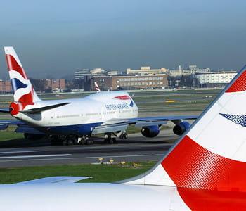 deux appareils british airways à londres.