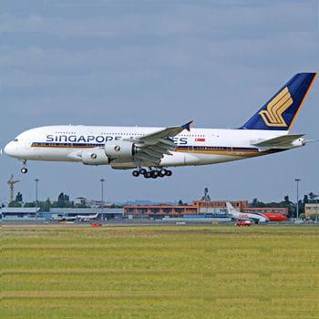 l'a380 aux couleurs de singapore airlines