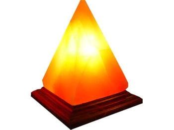 la lampe chromoth rapique en sel d 39 himalaya 10 incontournables pour un bureau zen jdn. Black Bedroom Furniture Sets. Home Design Ideas