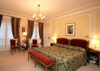 H tel de crillon paris 777 euros la nuit les tarifs les plus bas des h tels de luxe jdn - Chambre luxe paris ...