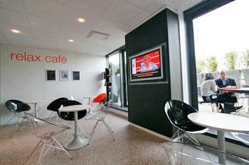 le relax café au sixième étage du technocentre