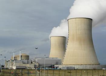 la france compte 19 centrales nucléaires abritant 58 réacteurs.