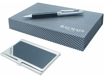 un coffret cadeau stylo et porte-cartes chic et pratique.