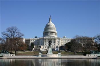 des membres du congrès américain dénoncent des intrusions de la chine.