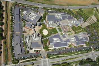 vue aérienne du siège de google aux etats-unis.