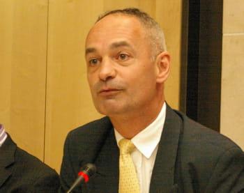 pascal lointier est président du club de la sécurité de l'information français.
