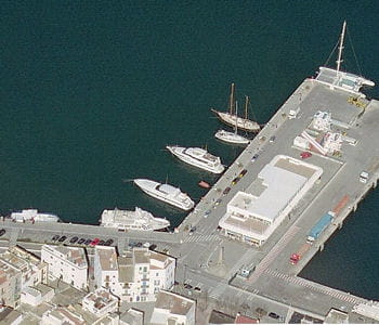 le port d'ibiza magna.