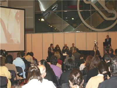 la conférence médias à l'heure du foisonnement des sources numériques
