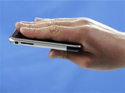 le téléphone à écran tactile d'apple suscite l'intêret
