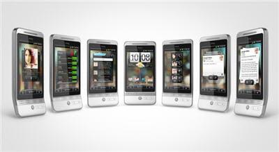 un téléphone wifi, bluetooth, 3g+, gps et qui dispose d'un apn 5 megapixels
