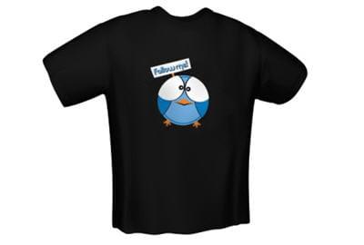 le t-shirt follow me vendu par le site materiel.net.