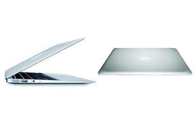 a gauche le macbook air, à droite le msi x320