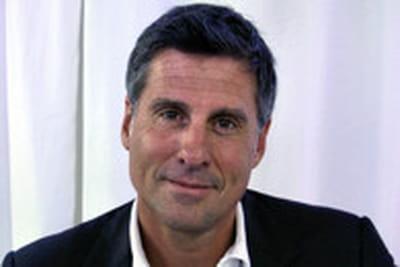 Marc Simoncini mise sur un site de vente d'accessoires de luxe