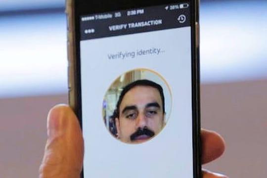 Bonjour Monsieur, vous paierez en liquide ou en selfie ?