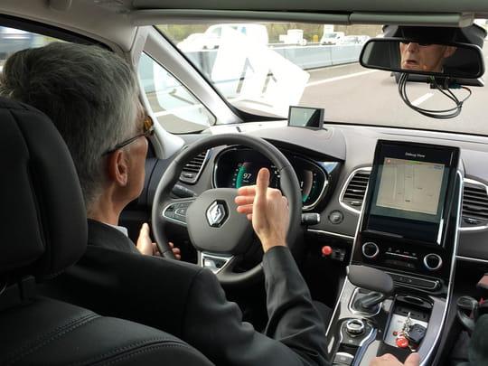 voiture autonome des essais pourront avoir lieu sur les routes de france jdn. Black Bedroom Furniture Sets. Home Design Ideas