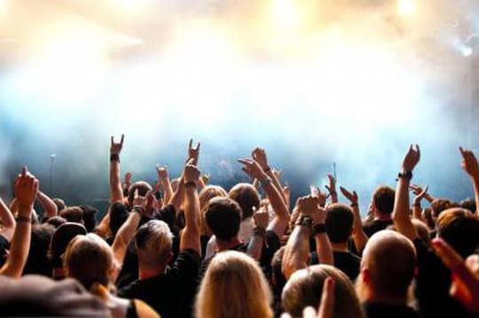 SFR et Shazam font basculer le téléspectateur dans un concert Live