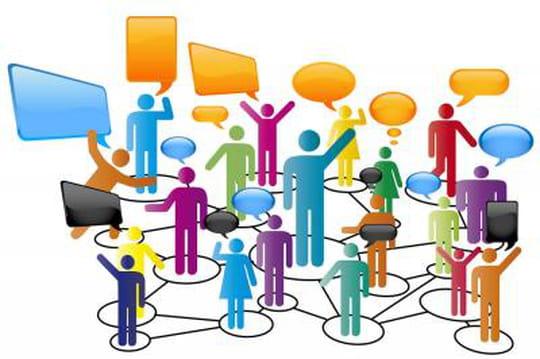32% des marketeurs considèrent que le social media est central