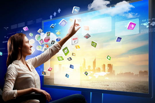 Social TV Facebook Twitter