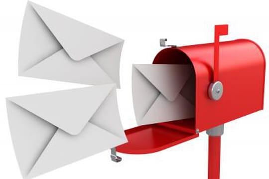 CCM Benchmark se met au real-time emailing avec R-target