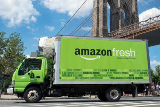 amazon ebusiness Goizueta business school the economist investment case study competition 2015 3 1 abstract over a 10-year investment horizon, walmart stocks will provide greater value than amazon through.