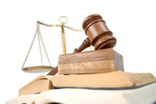 La justice américaine s'oppose au rachat de T-Mobile par AT&T