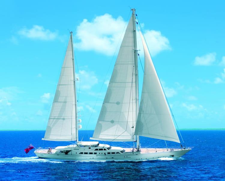 si jeune et d u00e9j u00e0 r u00e9vis u00e9   voil u00e0 un yacht parfait pour un